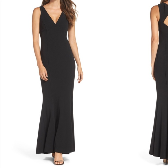 17724e9157144 Vince Camuto Dresses | Twist Back Scuba Crepe Mermaid Gown | Poshmark